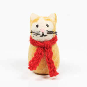 Amica_Accessories_ginger-cat-with-scarf