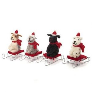 Amica_Accessories_mini-sitting-dog-on-sledge_fox_terrier